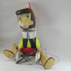 Marionnette pinocchio bois artisanat maison