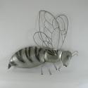 Décor mural abeille -réalisation artisanale en fil de fer