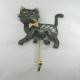 Patère chat métal